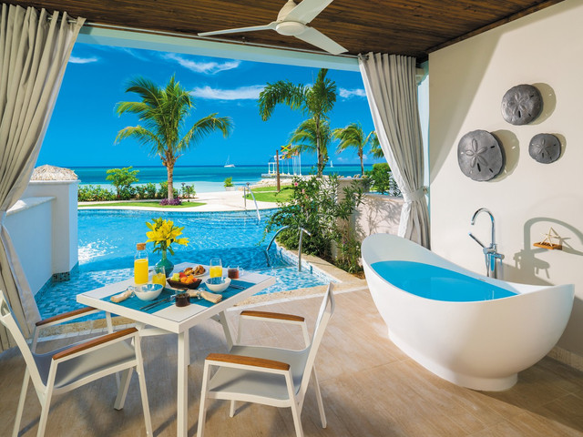 Sandals Montego Bay, Jamaica: Hotel Review