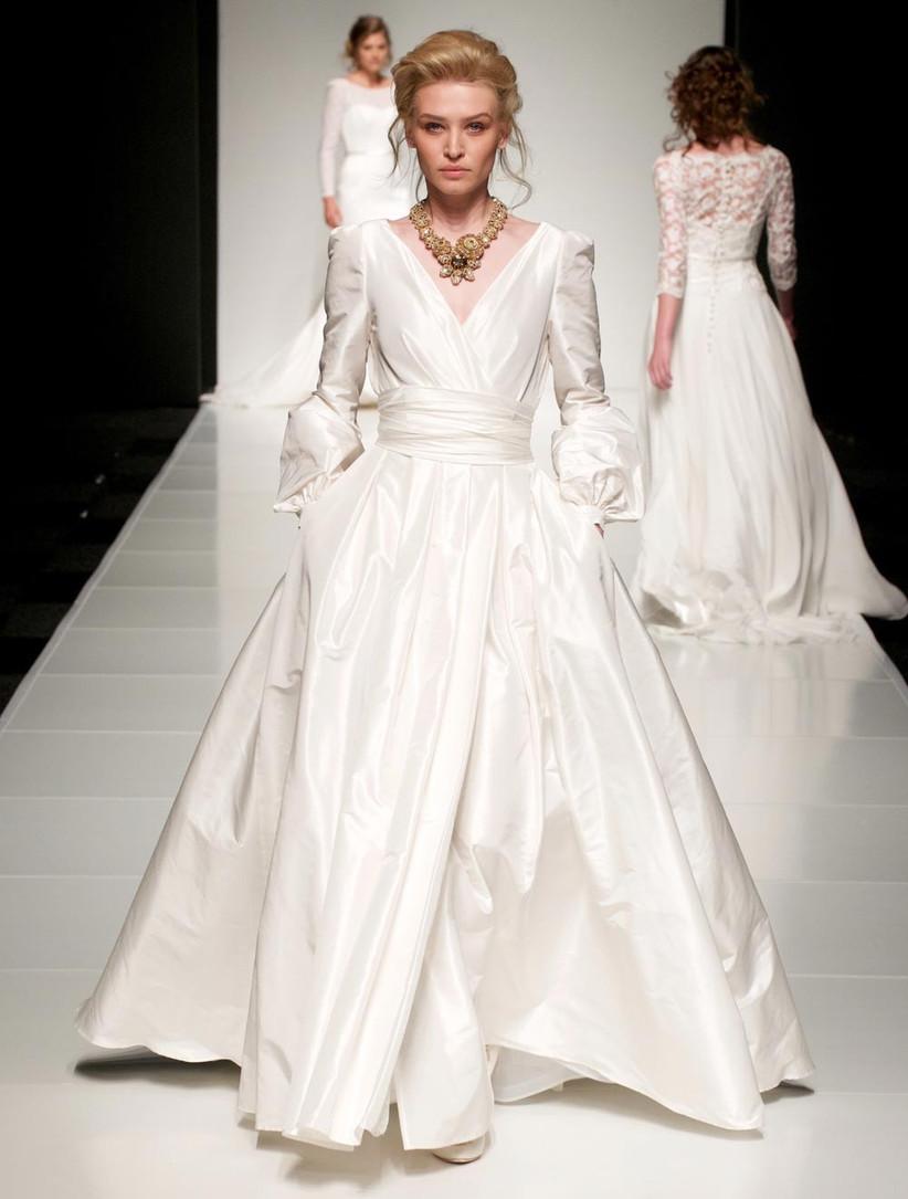 sassi-holford-wedding-dress-suitable-for-a-disney-princess