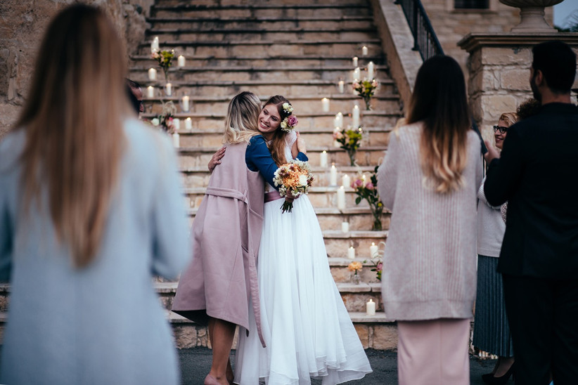 worst-wedding-guest-behaviour-2