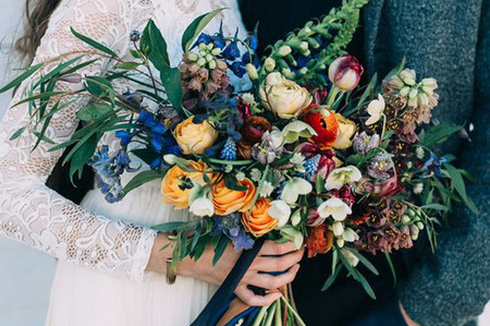 Winter Wedding Flowers: 23 Beautiful Winter Wedding Bouquets
