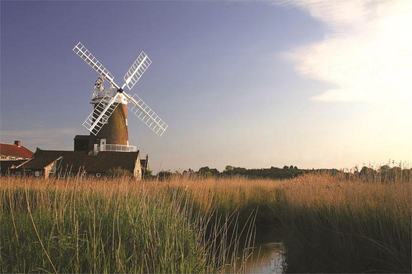 best-wedding-venues-in-norfolk-cley-windmill