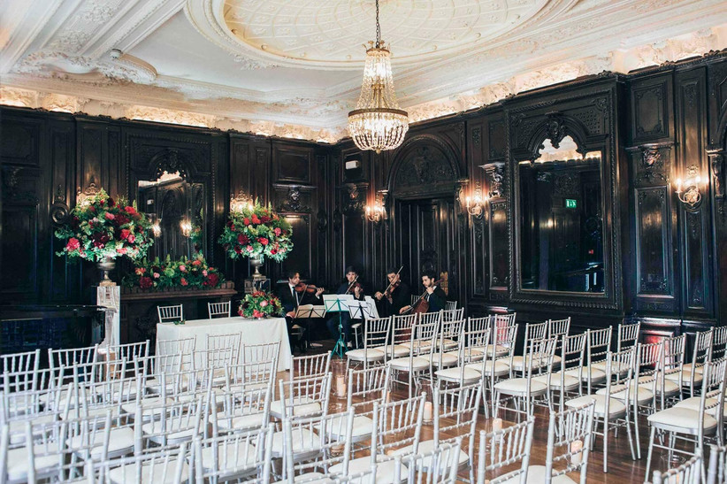 questions-to-ask-your-wedding-venue-4