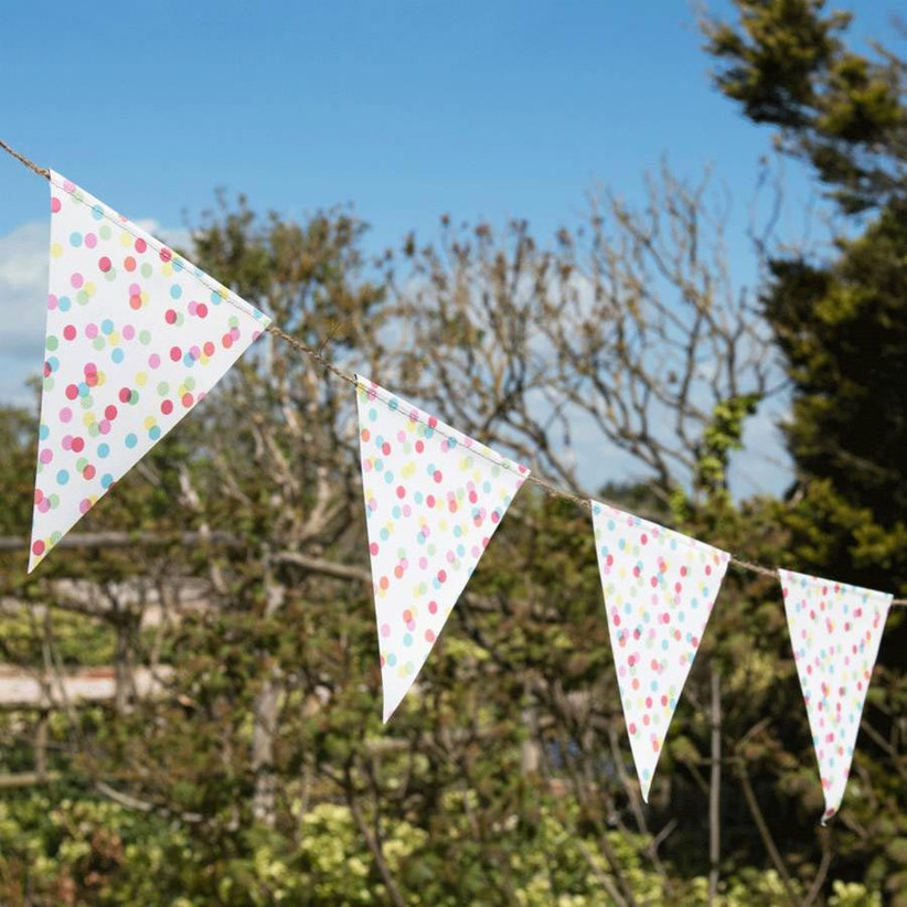 confetti-patterned-bunting