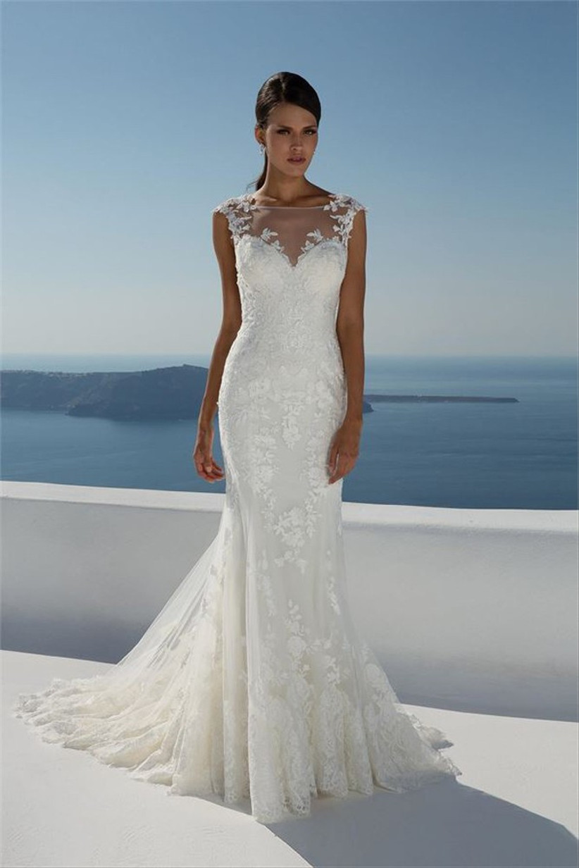 bigger-busted-brides-dress-ideas
