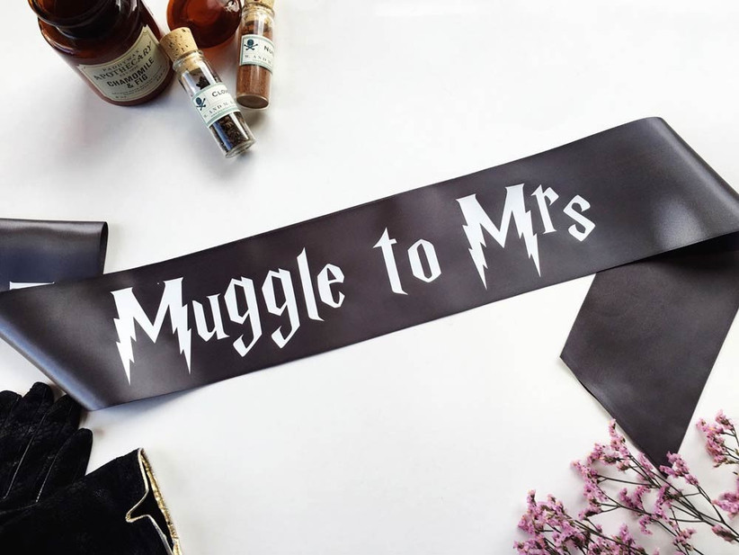 muggle-to-mrs-hen-party-sash