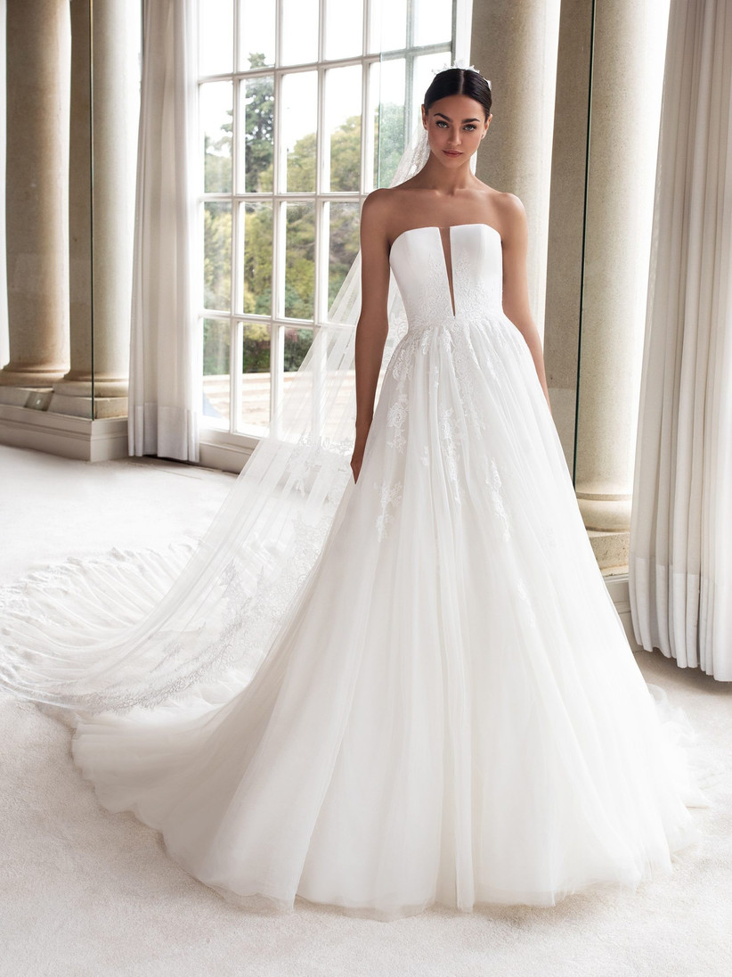 Wedding Dress Prices: UK Wedding Dress Price Guide - hitched.co.uk