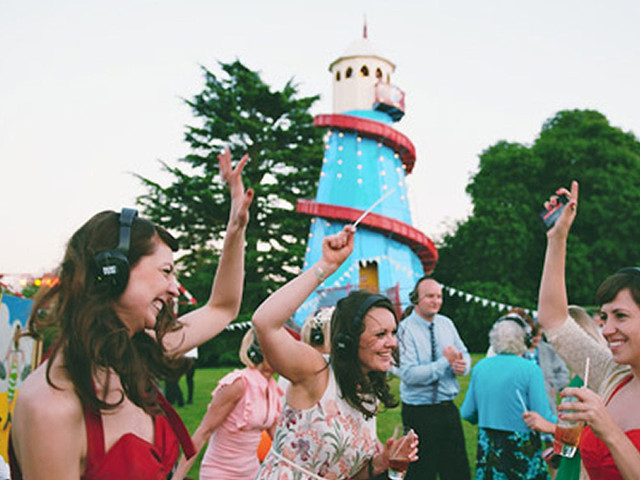 7 Reasons to Have A Silent Disco at Your Wedding