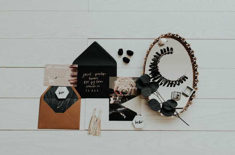 How to Adjust Your Wedding Invite Wording During COVID-19