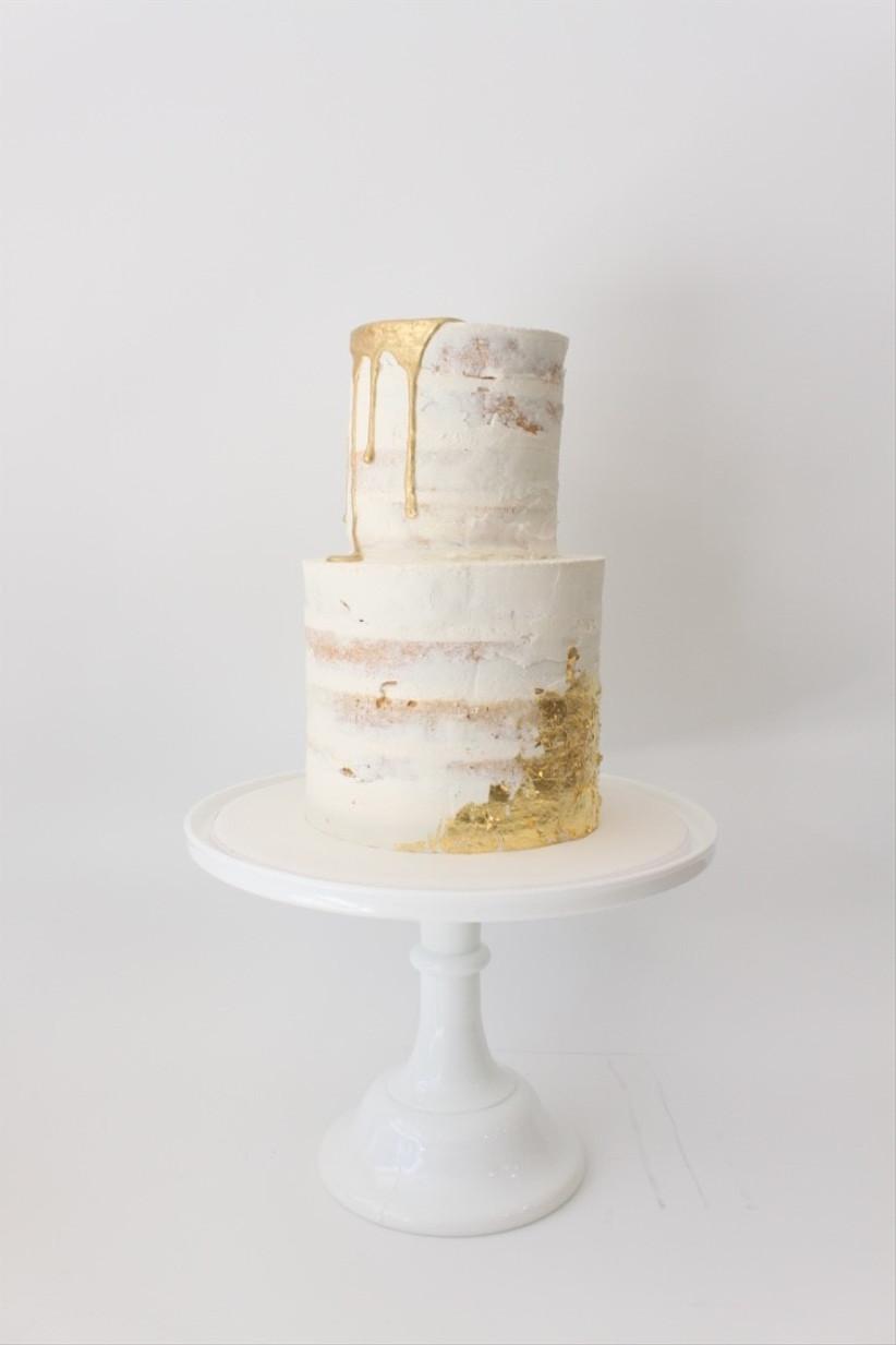 faye-cahill-semi-naked-gold-cake