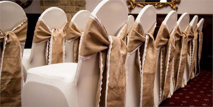 rustic-chair-sashes-at-pennine-manor