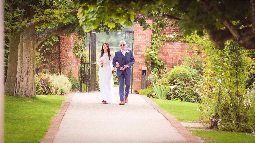bride-and-father-of-the-bride-at-an-outdoor-wedding-2