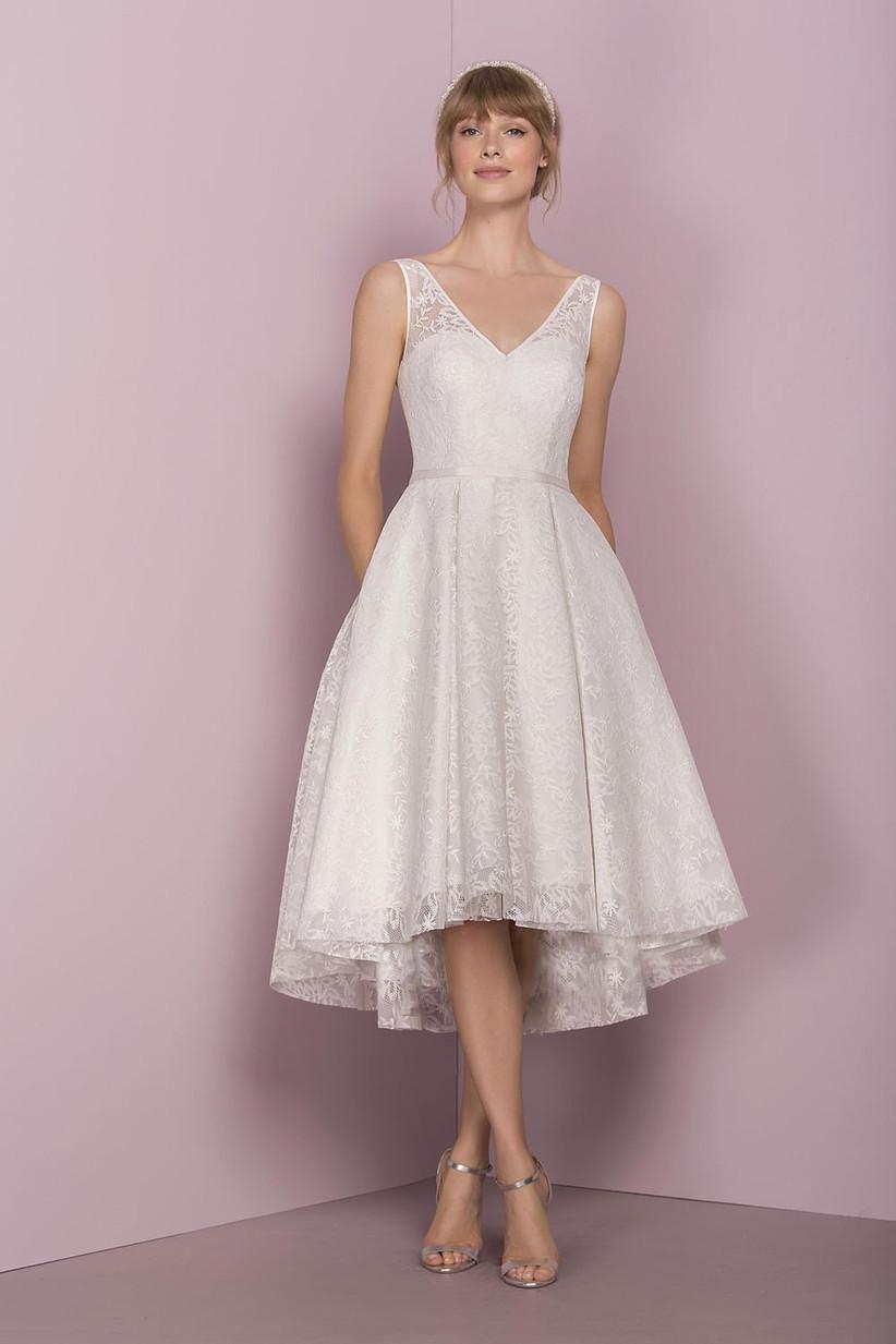 wedding-dresses-for-older-brides-19