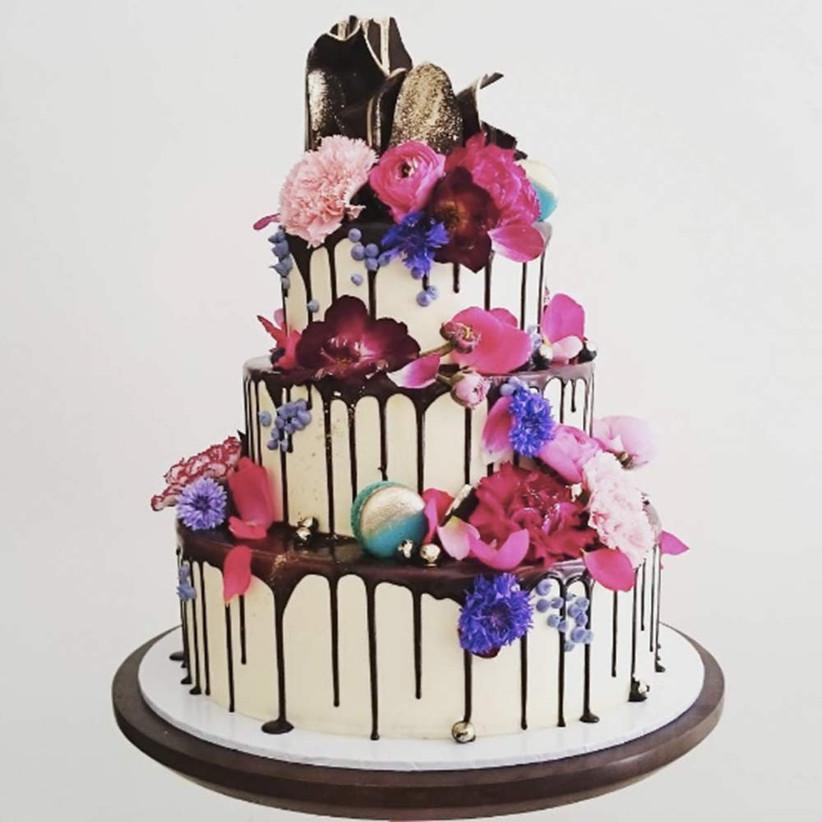 unbirthday-weddingc-ake-drip-style