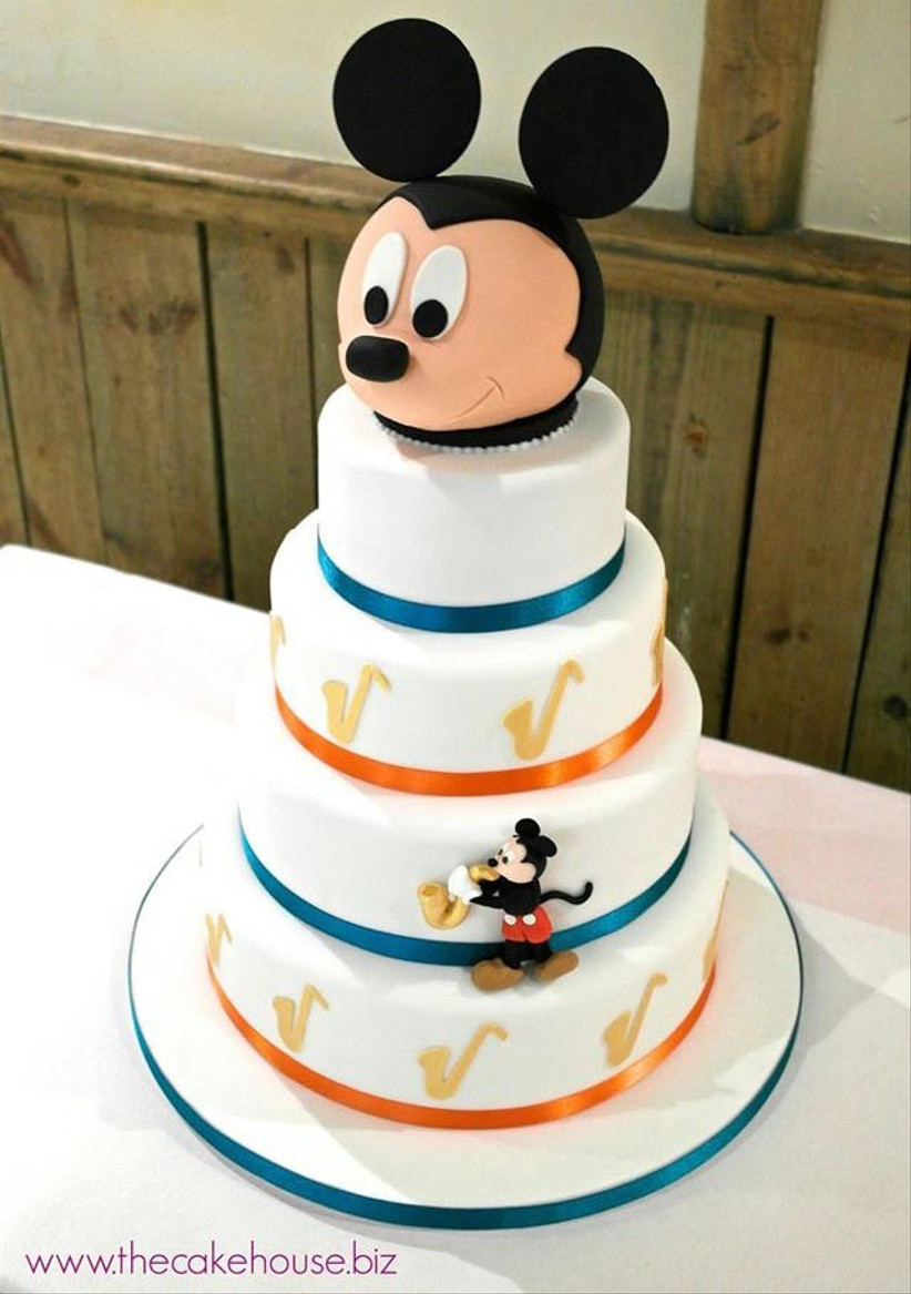 mickey-mouse-disney-wedding-cake