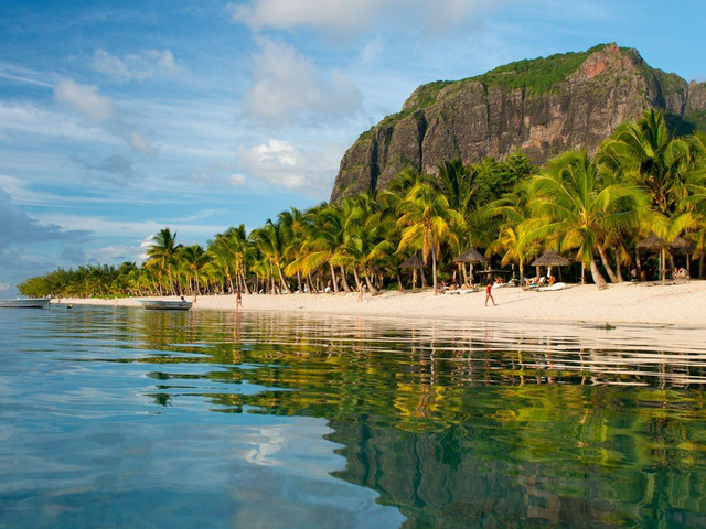 Mauritius Honeymoon: Your Complete Guide