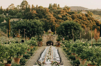 How to Plan a Wedding for 30 People: 35 Small Wedding Ideas