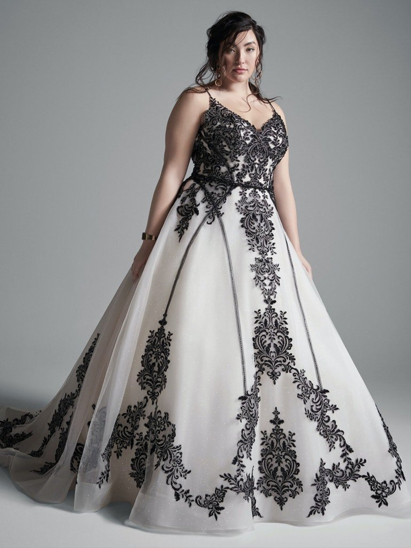 The 20 Best Plus Size Wedding Dresses 20   hitched.co.uk