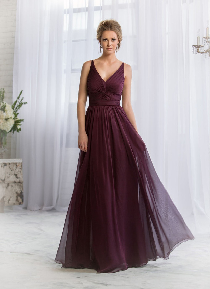 this-winter-bridesmaid-dress-from-belsoie-is-a-gorgeous-burgundy-colour-and-has-pretty-ruching-and-a-v-neck