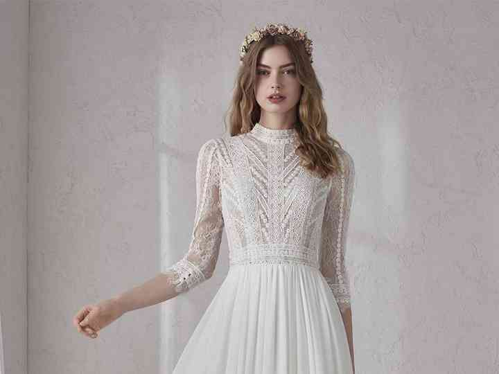 17 Beautiful Vintage Inspired Wedding Dresses Hitched Co Uk