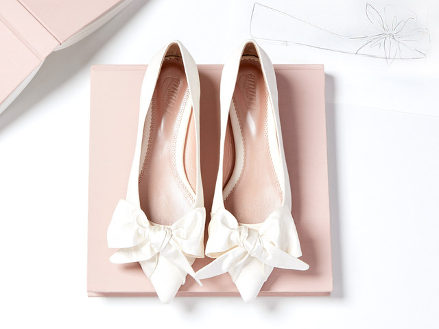 27 Chic Flat Wedding Shoes Your Feet Will Thank You For