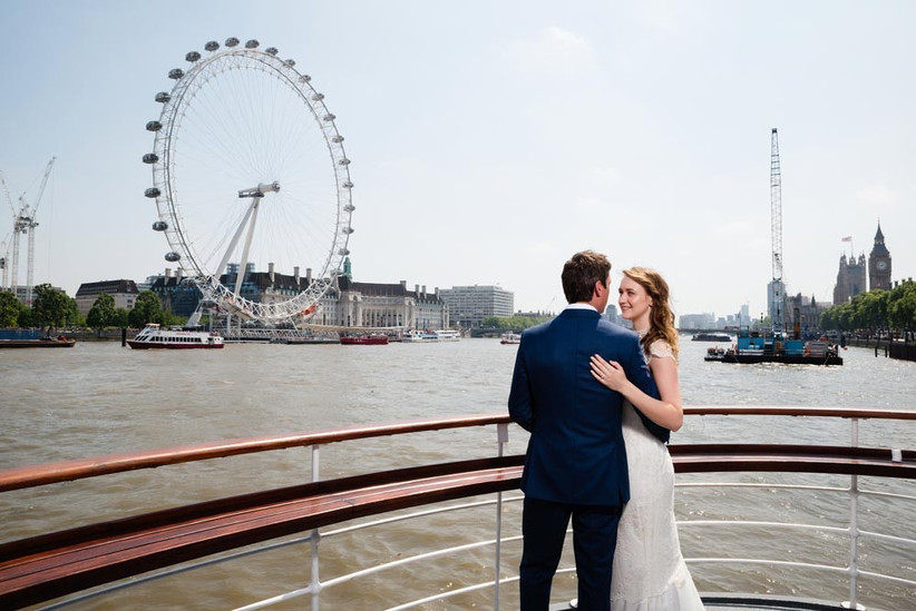 couple-on-board-wedding-boat-tattershall-castle
