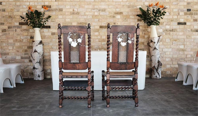 wooden-chairs-with-heart-decoration