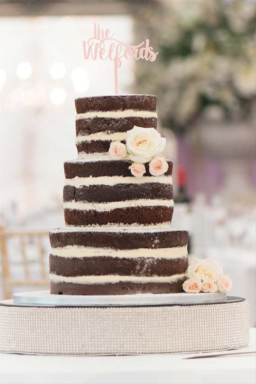 Chocolate-wedding-cakes-jessica-davies-photography-edcb5db