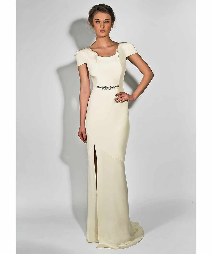 belle-and-bunty-wedding-dress-for-petite-brides