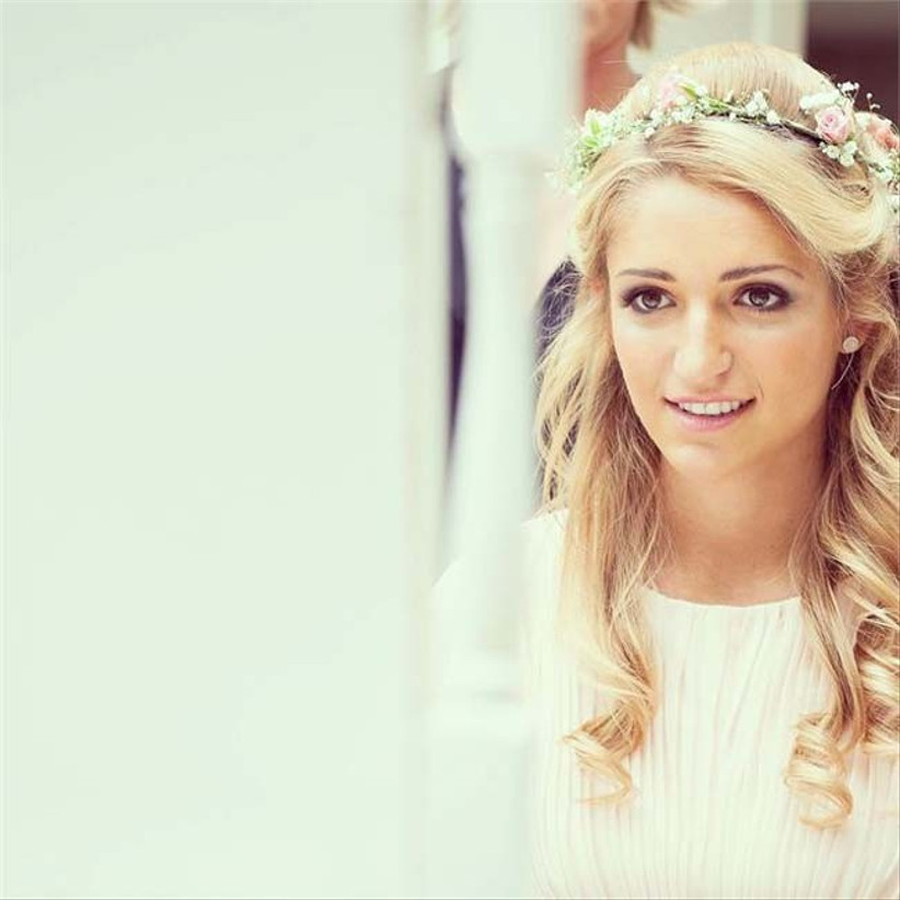 a-half-up-half-down-hairstyle-would-be-beautiful-complemented-with-wedding-hair-flowers-2