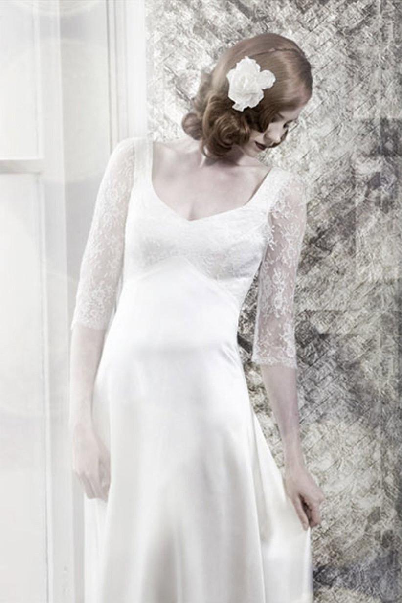 bella-swan-style-wedding-dress-by-ellie-lowe