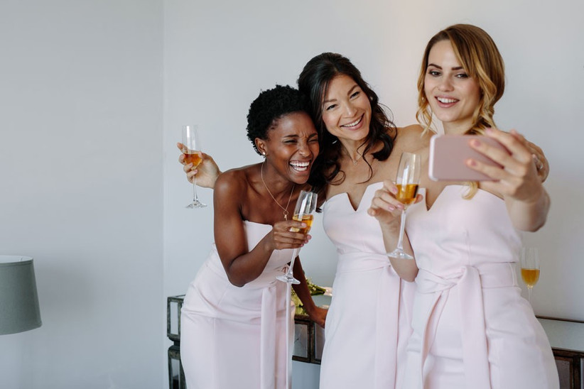 smartphone-wedding-photos