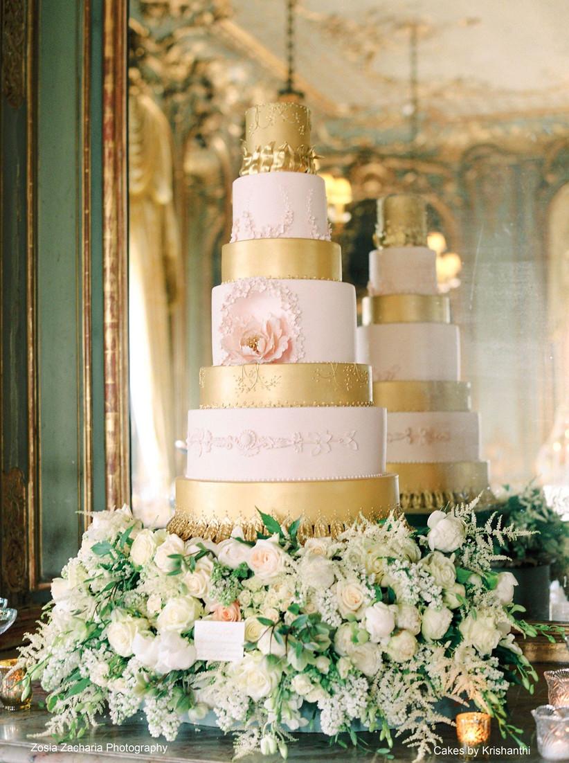 ZosiaZachariaPhotography_opulent-wedding-cake