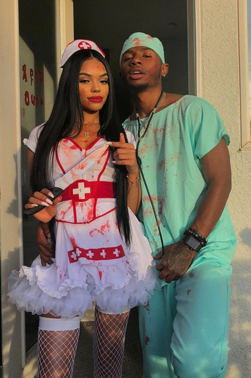 Couples-Halloween-Costumes-Doctor-and-Nurse