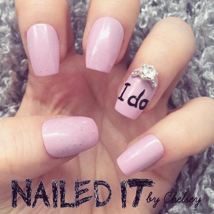 I do wedding nail art