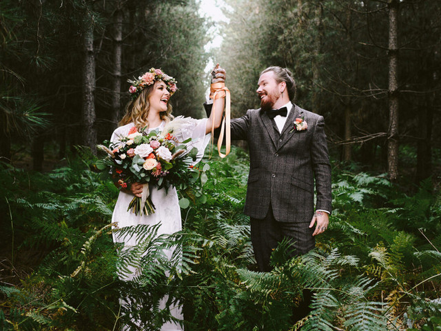Eloping: What is Eloping and How Do You Elope in the UK?