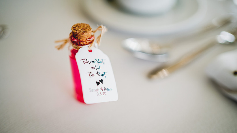 Mini bottle of alcohol wedding favour