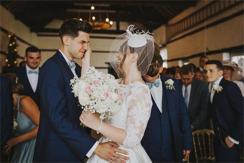 bride-wiping-away-her-grooms-tear-2