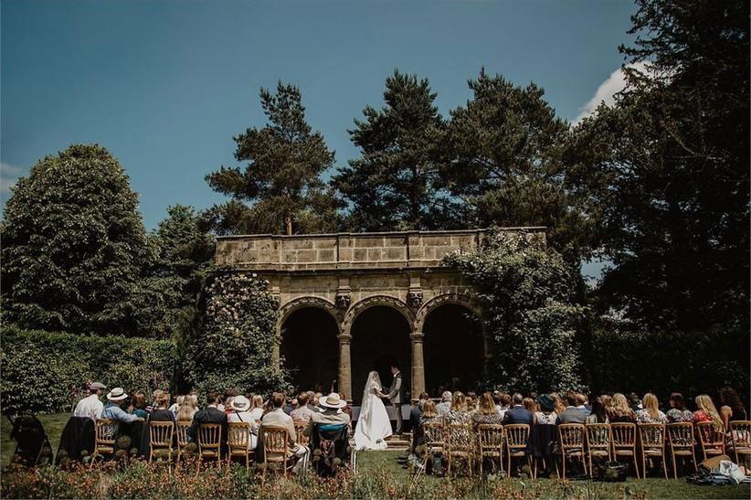 outdoor-wedding-venues-13