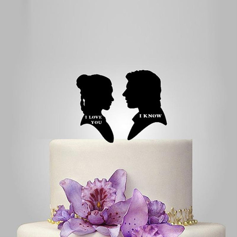 awesome-wedding-cake-toppers-for-tv-and-film-buffs-star-wars-cake-topper-2