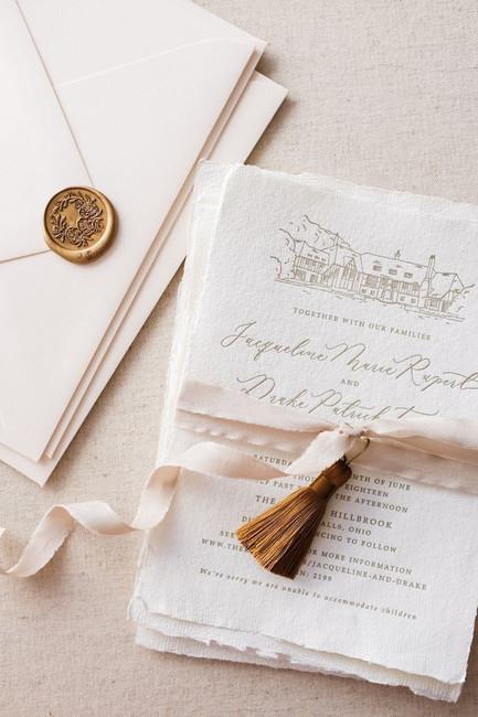 10 Creative and Gorgeous DIY Wedding Invitation Ideas