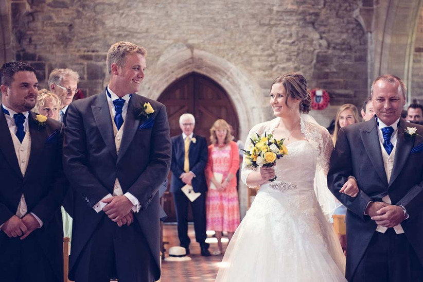 first-look-wedding-photos-by-one-thousand-words-photography-6