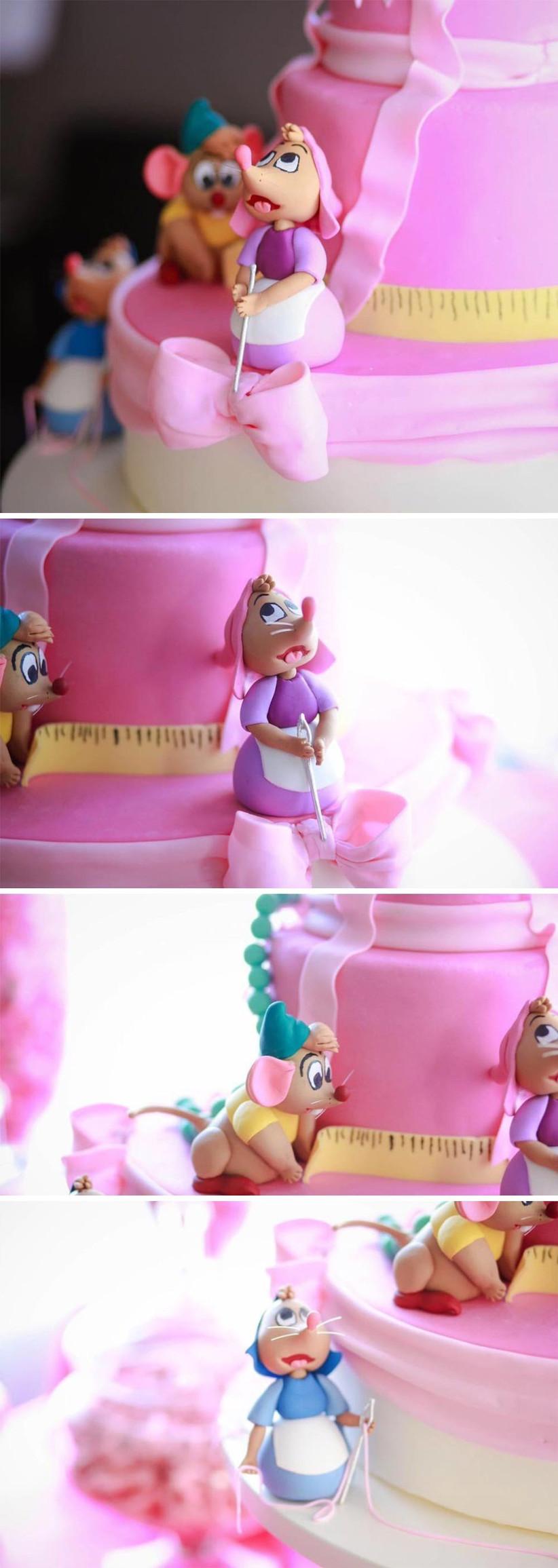 close-up-of-detailing-on-cinderella-inspired-disney-wedding-cake