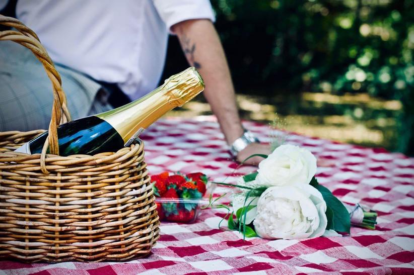 date-ideas-picnic
