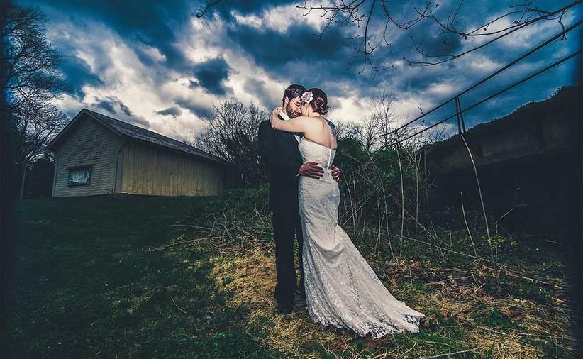 dramatic-tattooed-couple-in-enchanting-landscape-2