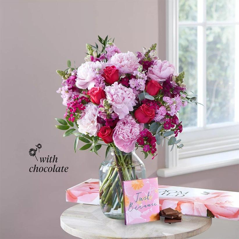 Aniversary flowers