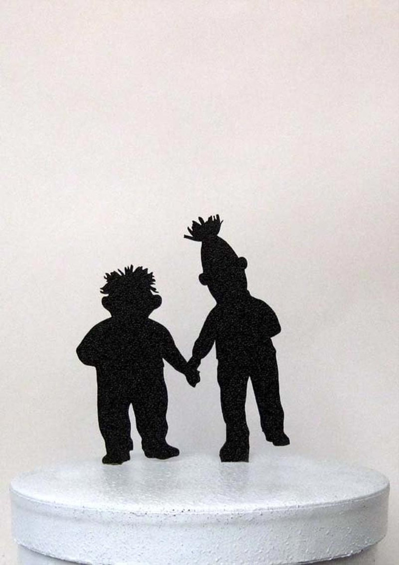 awesome-wedding-cake-toppers-for-tv-and-film-buffs-bert-and-ernie-sesame-street-cake-topper