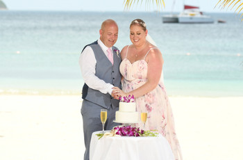 Real Covid Wedding: Hannah and Toby, Sandals Grande St Lucian