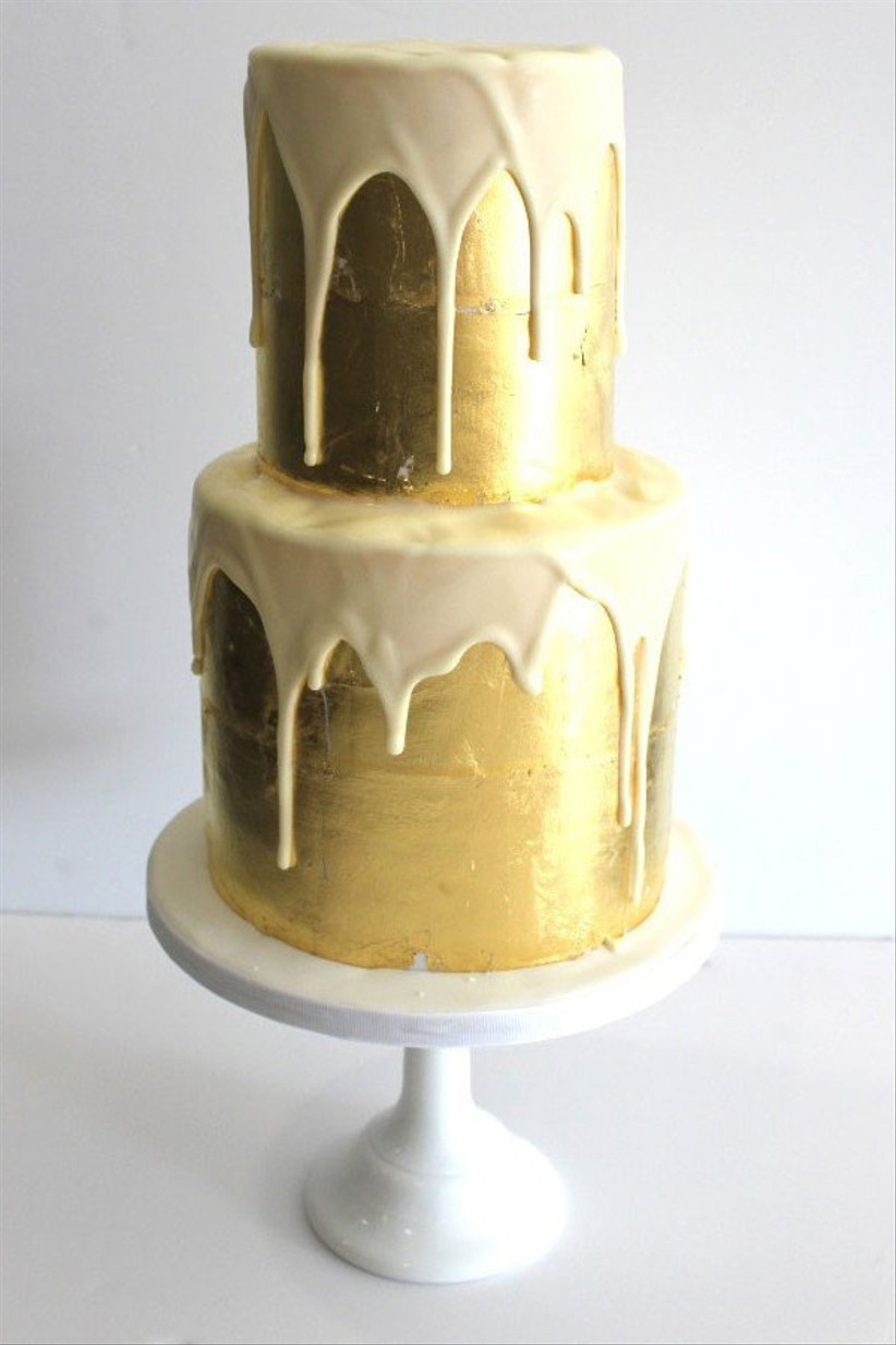 faye-cahill-gold-and-white-drip-c6bf88d
