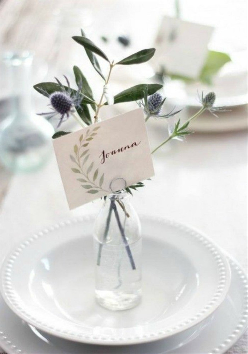 flower vase place setting
