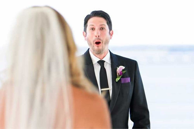 grooms-face-when-he-sees-his-bride-2